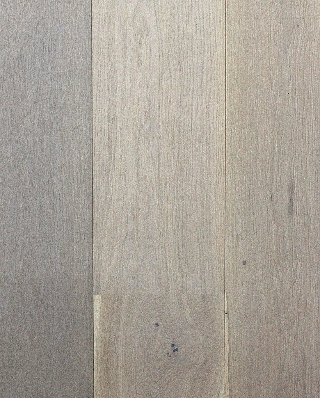 Elegant White Oak